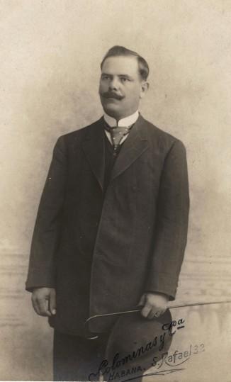 1 - A Man in Havana, c. 1910