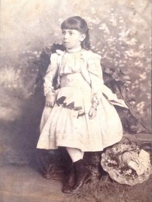 Vidaud Caignet, Amelia - Girl With Hat
